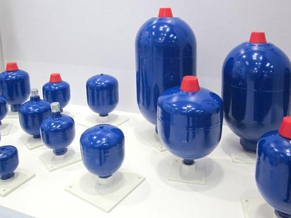 Accumulatori-idraulici-oleodinamici-a pistone