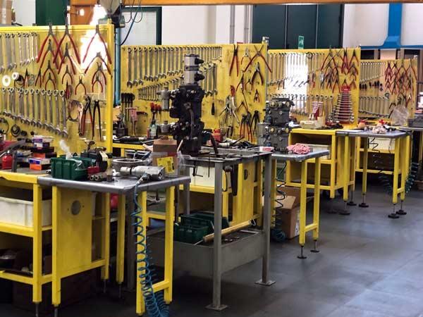 Manutenzione-piattaforme-aeree-ed-escavatori